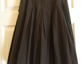 "Pleated Brown Coulotte 24"" Waist (Looks like a skirt)"