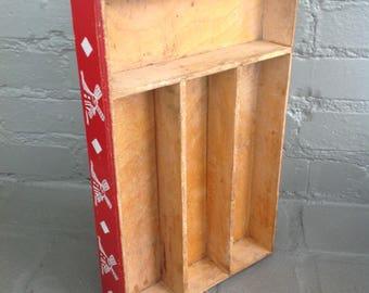 Wooden cutlery drawer