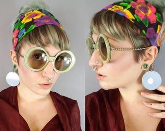60s Oversized Round Sunglasses, Vintage Designer Sunglasses Je Dol Chain Arm, 1960s Mod Sunglasses Round Frames, Oversized Sunglasses Funky