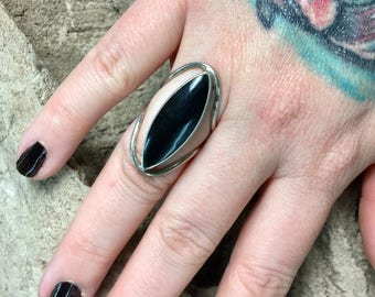 Vintage black onyx Ring-Mexican Rings-Sterling Silver rings-Huge rings-statement ring-black onyx-Gothic-Bohemian-Hippie-festival-Size 7.5