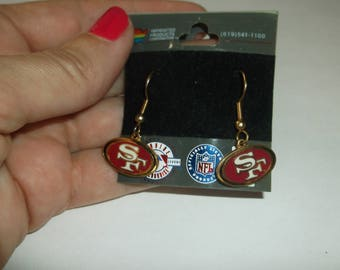 Vintage San Francisco 49ers Enamel Dangle Pierced Earrings, San Francisco Football NFL Dangle Earrings, Never Worn