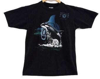 VTG 90s Killer Whale T-Shirt - Small - Tofino BC Canada - Spirit Whales - Orcas - Cetaceans - J Pod - Native Vintage Tee Vintage Clothing -