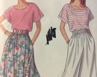 1990s Simplicity 8267, Skirt, Top, Sewing Pattern,Split Skirt, Pullover Top, Kimono Sleeves, Round Neckline,Scalloped Neckline,Pull on Skirt
