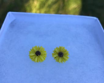 Sunflower Earrings (13mm)