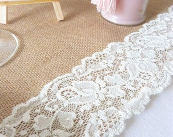 Romantic rustic wedding table runners