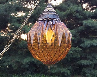 Vintage Swag Light, Vintage Amber Glass Swag Light, Amber Glass, Vintage Swag Lamp, Pendant Light, Chandelier, MCM, Amber Glass Globe