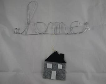 "Deco008 - Message ""home"" wire and felt"