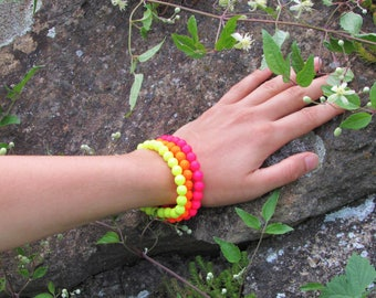 Set of 3 beaded bracelets in shining neon colors, Summer beaded bracelets, Summer jewelry, Colorful jewelry, Boho jewelry, Hippie jewelry