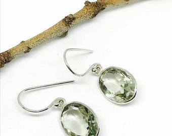 10% Green Amethyst Earring set in sterling silver 925. Genuine natural green amethyst stone.