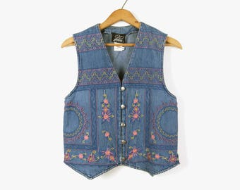 Vintage embroidered denim vest for her / Women size small to medium / Distressed jeans waistcoat / Stonewash sleeveless crop top