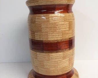 Segmented  pet urn