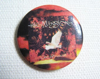 Vintage Early 90s - The Mission (ex Sisters of Mercy) - Carved In Sand (1990) Album Pin / Button / Badge