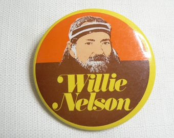 BIG Vintage 70s - Willie Nelson - Pin / Button / Badge