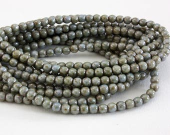 20 beads round Czech glass 4 mm blue gray picasso