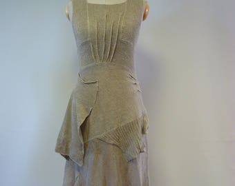 Artsy feminine taupe knitted dress, M size.  Made of pure linen, only one sample.