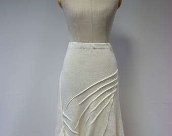 Summer off-white linen skirt, M size.
