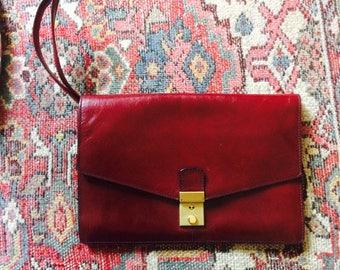 Vintage mens bag| vintage clutch| cognac leather bag| oxblood leather bag| vintage polsbag| polstasje voor hem| heren tas|fathersday gift