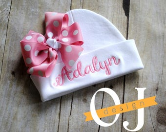 Personalized Baby Girl Name Hat - baby hat - infant hospital hat - embroidered - Newborn Hat - Newborn Hat with Pink Bow and Thread