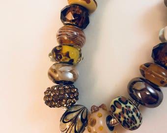 Tiger: bracelet with multiple colors like a tiger.