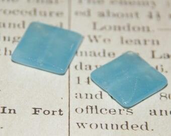 20x20x7mm blue jade bead