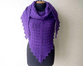 Crochet shawl. Openwork knitted shawl. Lilac large crochet wrap, triangular shawl, warm shawl. Lace scarf, crochet scarf, Finished work