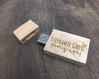 8 GB - USB Flash Drive - Maple ( Engraving Included )