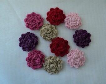 SET of 10 crocheted SCRAPBOOKING flowers Roses