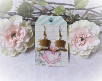 Art Nouveau Hat earrings and pearl beads