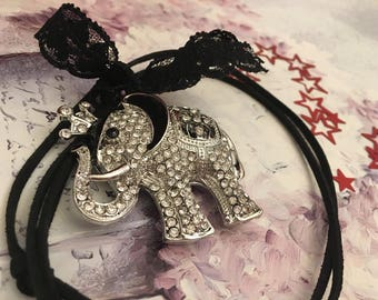 Necklace romantic rhinestone elephant