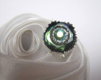 ring Crystal cabochon bead when Green is mystery