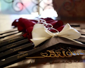 Set of 8 personalized hanger, wedding hanger, bridal hanger bridal gift, customized hanger, bridesmaid hanger