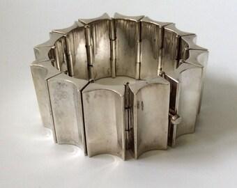 168GR Los Ballesteros Taxco Mexican Modernist Sterling Silver Concave Link Bracelet