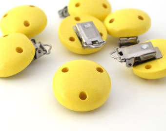 Yellow color pacifier clip