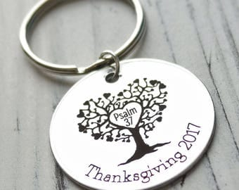 Family Tree Personalized Key Chain - Engraved