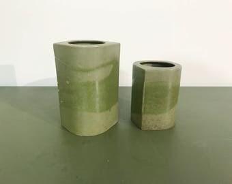 2 Vintage Green Arabia Finland Vases by HS, Hilkka Säynäjärvi aka Hilkka Mekri