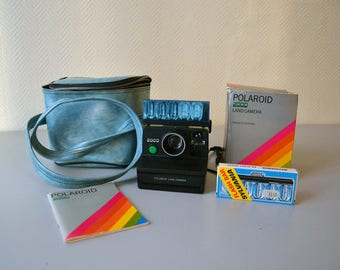 Polaroid 2000 Land Camera / Vintage Instant Camera with Travel Case + Flash bar + manual