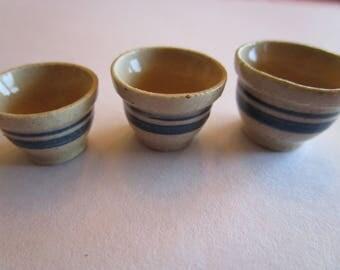 Stoneware nesting bowls
