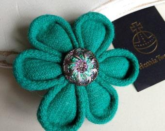 Green Harris Tweed brooch, handpainted button, flower brooch, corsage, Scottish gifts, wedding, green brooch, gifts for her, gifts for Mom