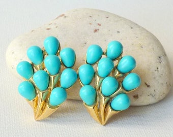 Signed Trifari Gold Tone Turquoise Clip One Earrings, Vintage Lucite Earrings, Retro Earrings Collectible Jewelry, Trifari Costume Jewelry