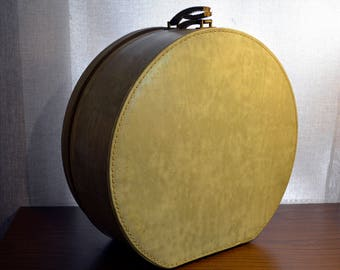 Vintage Round Clamshell Hat Box / Suitcase - Carry-All by Munro