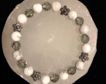 Howlite & Swarovski Crystal Healing Gemstone Bracelet