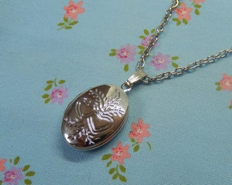 Antique Silver Plated Small Oval Locket with Two Hearts Pendant Necklace