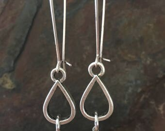 Pewter & Pearl Earrings