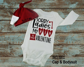 Personalized Sorry Ladies Mom Is My Valentine Name 2 PC Set For 0-6 Months Cap Bodysuit Baby Boy First Day Knotted Hospital Hat Cap Beanie