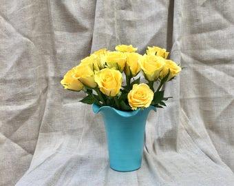 """Rare Bauer Pottery Matt Carlton Turquoise Ruffle Vase 7"""" tall"""