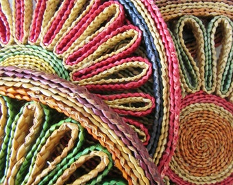Four Vintage Woven Straw Hot Pads or Trivets 17060