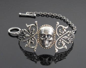 Skull Bracelet | Goth Jewelry | Biker Jewelry | Pirate Jewelry | Dawn Santucci | Metaldimuse | Popskullpture