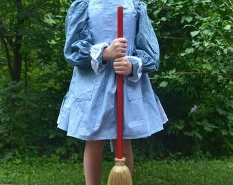 Small kids shaker sweeper broom