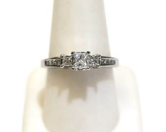 1.00ctw Princess Cut Three-Stone Engagement Ring in 14kt White Gold