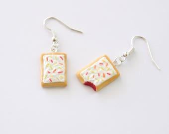 Toaster pastry earrings, miniature food jewelry, food earrings, food jewelry, foodie earrings, foodie gift